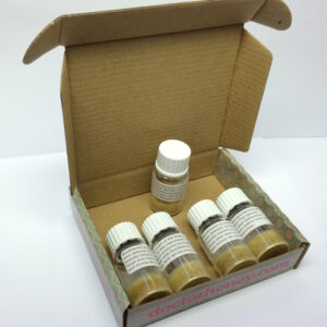 I denna förpackning erhåller du 5 vialer som räcker till att behandla 50 bikupor.